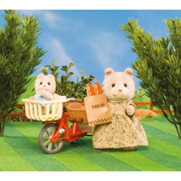 Cycling with Mother - Sylvanian Families
